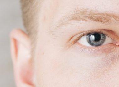 Eletrônicos emitem luz que pode causar danos à visão