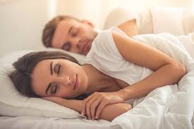 Miopia: lente corrige problema enquanto a pessoa dorme